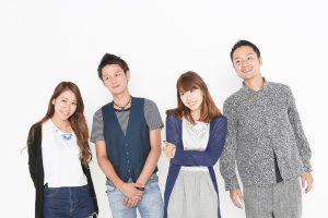 日本人男女4人