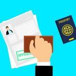 入国審査でパスした人の書類に押されるスタンプ